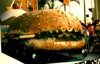 Hamburger on wheels? No! The food floats for the Day Parade were ingeniously carried by ants!